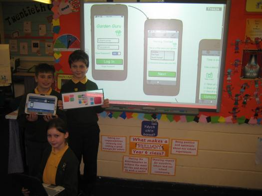 Students from Raglan VC Primary School showcase their Apps for Good work